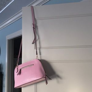 Any Sis pink pebbled leather crossbody